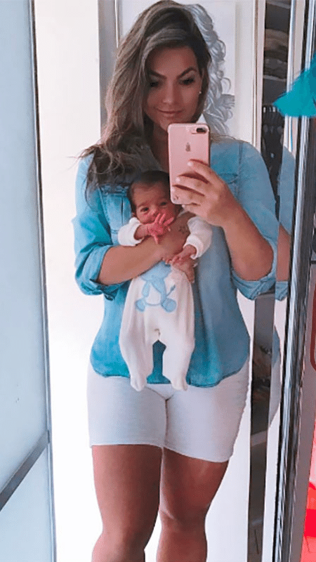Kelly Key e o filho Artur; cantora comemora oito quilos a menos em 11 dias - Reprodução/Instagram