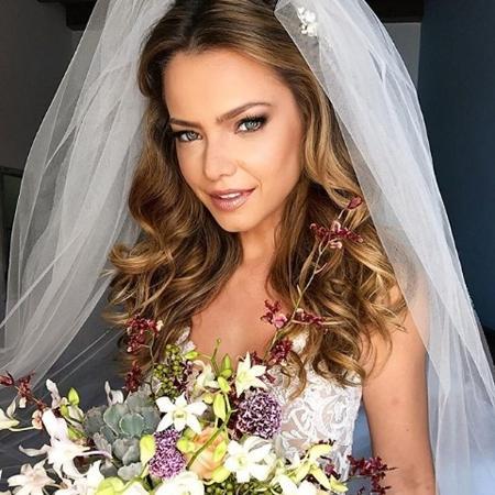 Milena escolheu um modelo de renda branco para a cerimônia religiosa - Reprodução/Instagram/jrmendesmake