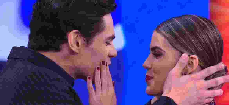 """Lucas Veloso pede bailarina em namoro durante """"Dança dos Famosos"""" - Reprodução/TV Globo"""