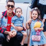 Valentina e Bella, filhas do atacante Roberto Firmino - Reprodução/Instagram