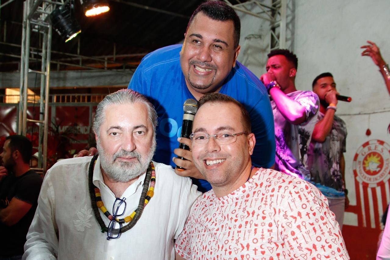 Renascer de Jacarepaguá lança samba para o Carnaval 2019 - 09/09 ...