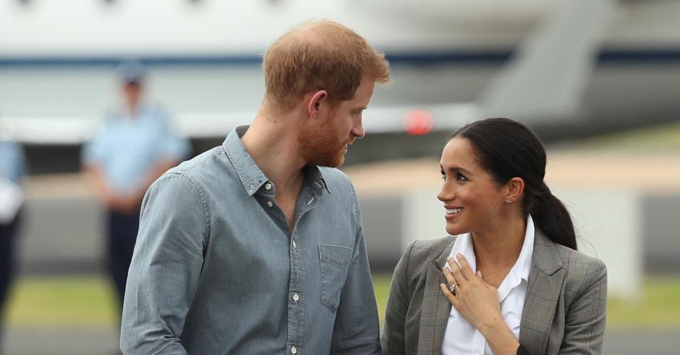 280b911cf3ee Meghan já gastou R$ 800 mil em roupas desde o casamento real, estima jornal  - Entretenimento - BOL Notícias