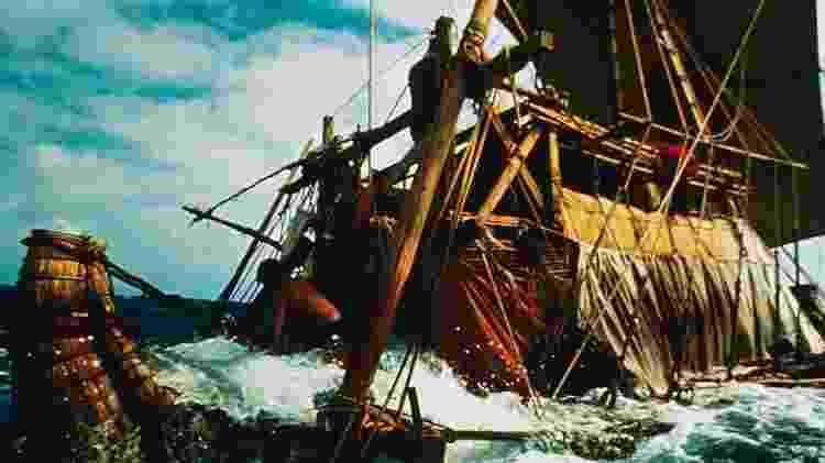 Embora o Ra I não tenha chegado ao seu destino, Heyerdahl demonstrou com o Ra II que era possível viajar do Mediterrâneo e cruzar o Oceano Atlântico muito antes de Colombo - Getty Images