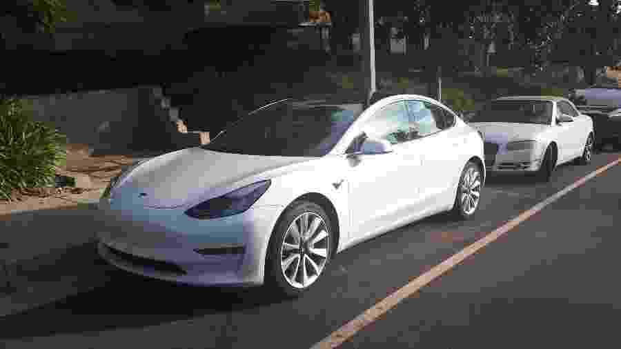 O governo planeja uma visita de uma comitiva brasileira, contando com o presidente Jair Bolsonaro, à sede da Tesla nos EUA - Vitor Matsubara/UOL