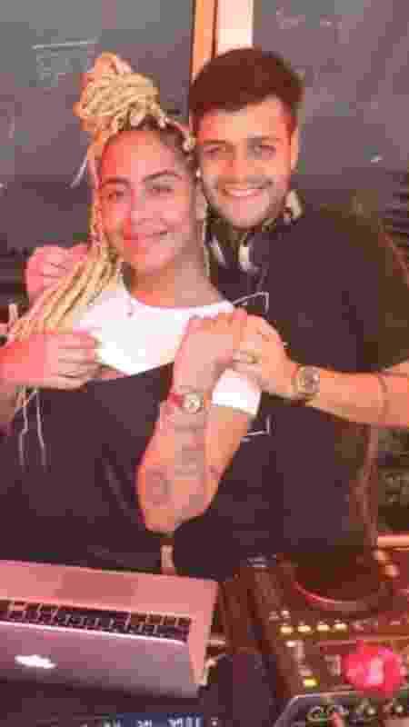 Fãs apontam 'barriguinha saliente' em foto de Rafaella com DJ - Reprodução/Instagram