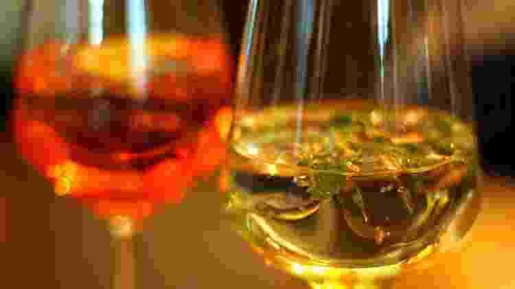 Usar vinho nos drinques pode sair mais barato, mas também requer cuidados - Getty Images - Getty Images
