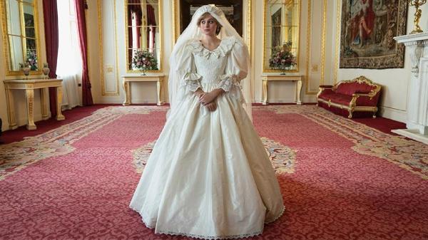 'The Crown' liberou primeira foto de Diana com vestido de noiva