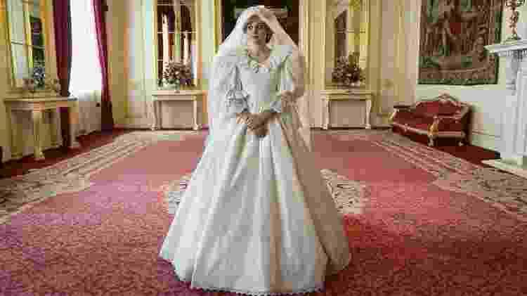 'The Crown' liberou primeira foto de Diana com vestido de noiva - Reprodução/Instagram - Reprodução/Instagram
