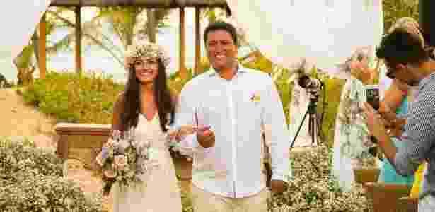 """Como o noivo também é músico - ele toca grupo de pagode 'Tentativa' - a dupla conhece muitas pessoas. Assim, eles ficaram receosos com o número de convidados, um grande empecilho na hora de fazer um evento mais """"econômico"""" - Luís Batista Fotografia/Divulgação - Luís Batista Fotografia/Divulgação"""
