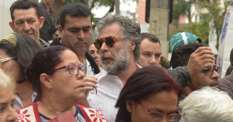 17.set.2016 - Ator Leopoldo Pacheco vai para o último adeus a Domingos Montagner