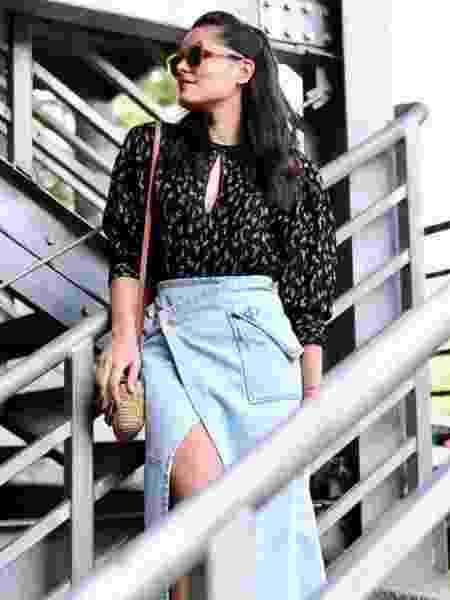 Mariah Bernardes usa saia jeans no segundo dia de SPFW - Reprodução/ Instagram/ @blogdamariah - Reprodução/ Instagram/ @blogdamariah