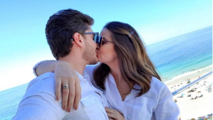 Klebber Toledo e Camila Queiroz vao se casar em 2018 - Reprodução/Instagram/klebbertoledo