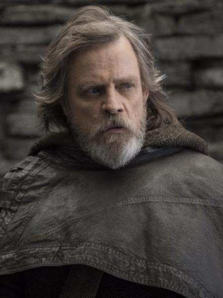 """Luke (Mark Hammil) em cena de """"Star Wars: Os Últimos Jedi"""" - Divulgação"""