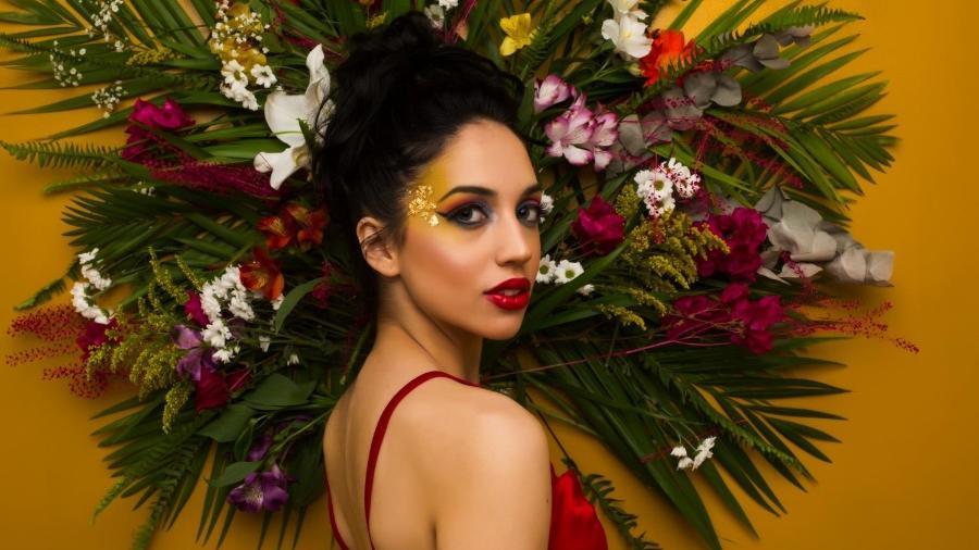 Ana Petkovic; filha do ex-craque Pet investe na carreira de cantora - Divulgação