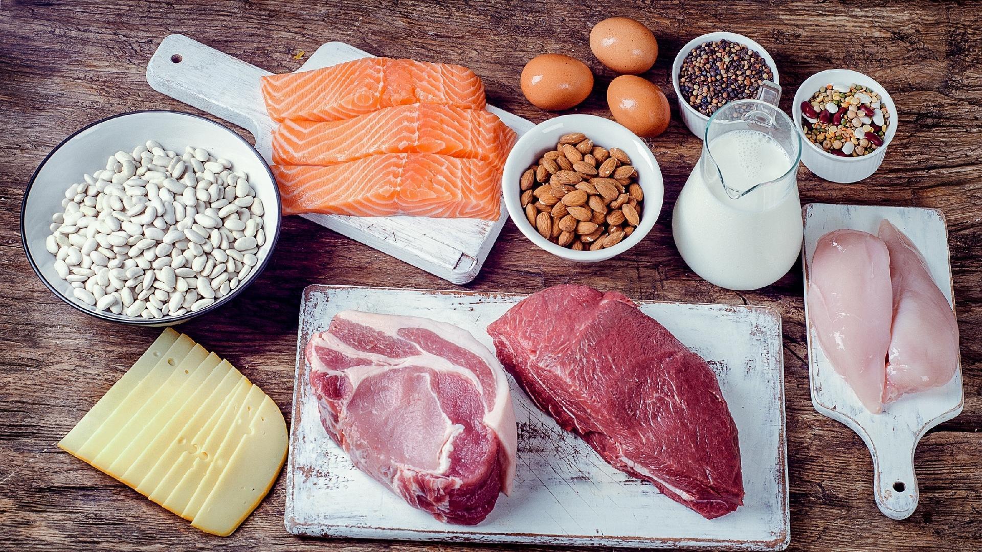 Dieta cetogênica melhora memória em adultos, diz estudo