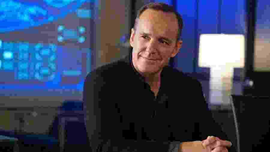 """Clark Gregg como o agente Coulson em """"Agents of S.H.I.E.L.D."""" - Reprodução"""