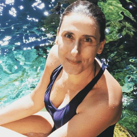Paola Carosella curte férias - Reprodução/Instagram