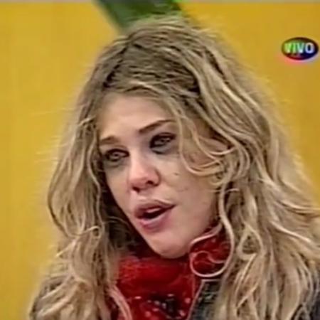 """Bárbara Paz chora na final da """"Casa dos Artistas 1"""" - Reprodução/SBT"""
