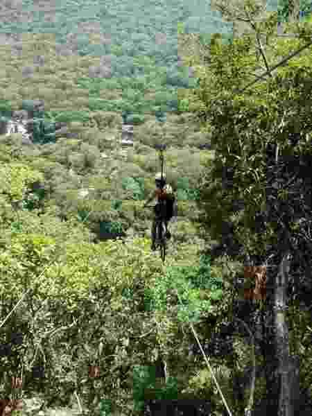 No trajeto de ida e volta, o público pedala por 452 metros - Divulgação/AdventureLand - Divulgação/AdventureLand