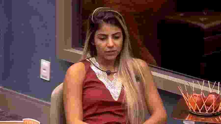 Hariany conversa com sisters no quarto do líder - Reprodução/GloboPlay