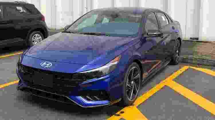 Carros da Hyundai não lançados em estacionamento de SP Elantra N-Line - Leandro Alvares/Arquivo pessoal - Leandro Alvares/Arquivo pessoal