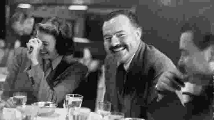 Ernest Hemingway e a atriz Ingrid Bergman -  Bob Landry/The LIFE Images Collection via Getty Images/Getty Images -  Bob Landry/The LIFE Images Collection via Getty Images/Getty Images