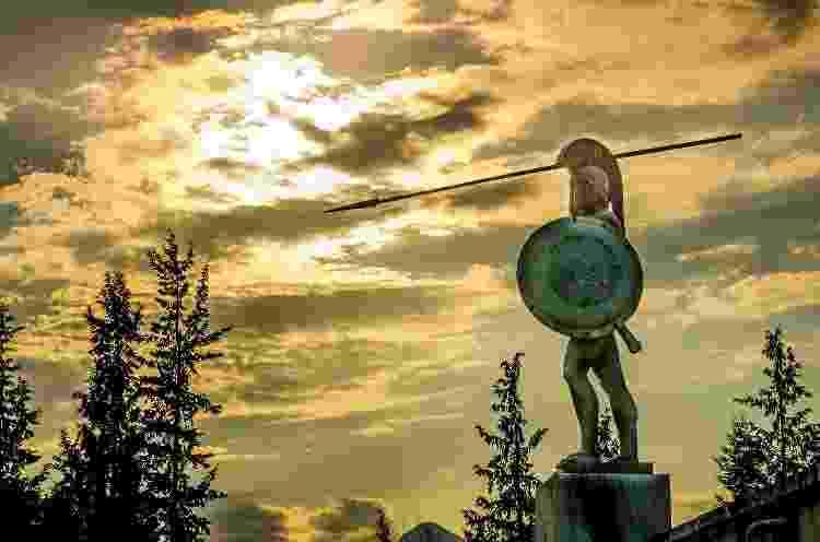 Estátua de Leônidas em Termópilas, na Grécia - Getty Images - Getty Images