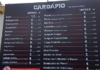 No Maximus Festival, a água em copo custa R$ 5,62; veja os preços do evento - Rodolfo Vicentini/UOL