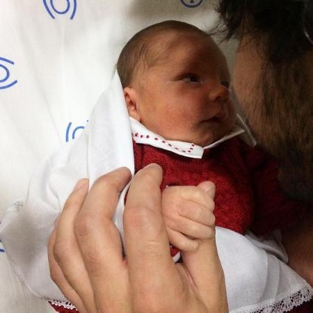 Primeira foto de Júlio, filho de Bruna Hamú, publicada pela atriz em seu perfil no Instagram - Reprodução/Instagram/brunahamu