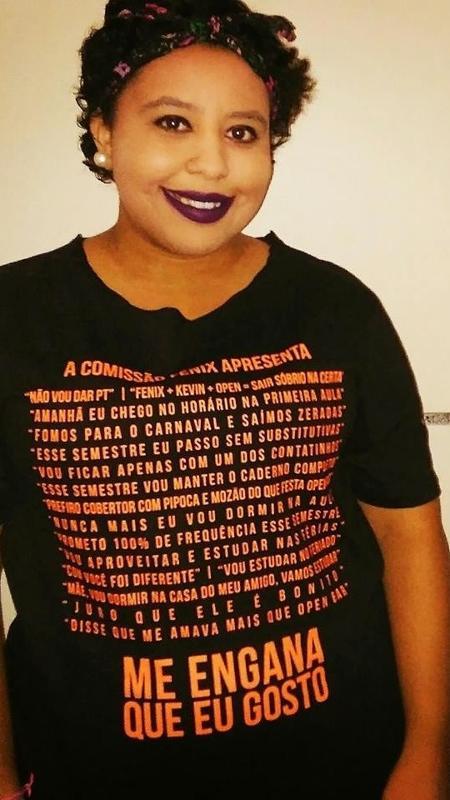 A estudante de direito Christiane Cese, que ganhou uma peruca da drag cantora Pabllo Vittar - Reprodução/Facebook