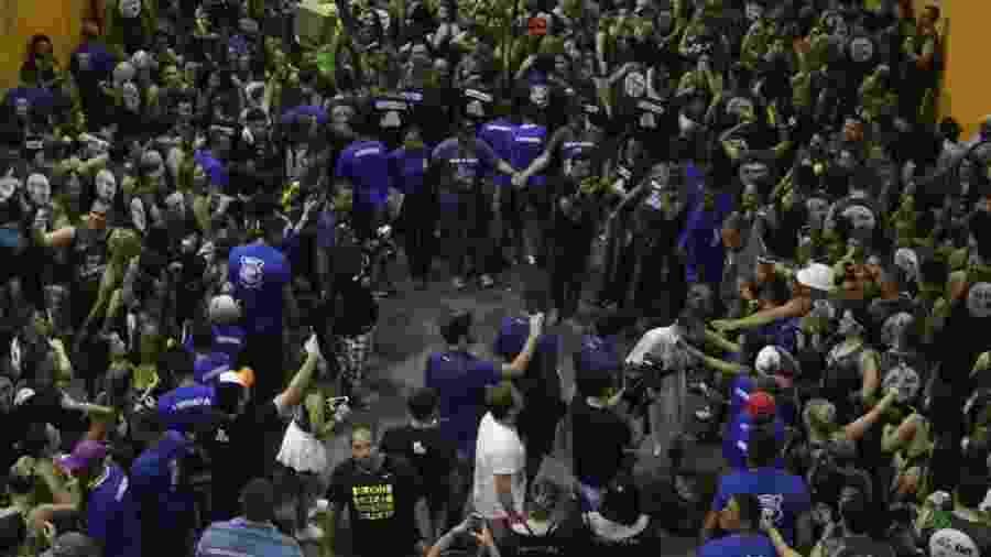 Saulo Fernandes no Fortal 2017; evento não deve ser realizado em 2020 por veto a aglomerações - Fred Pontes/Divulgação