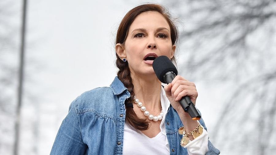 Ashley Judd, uma das assediadas por Harvey Weinstein, durante a Marcha das Mulheres, em março - Getty Images