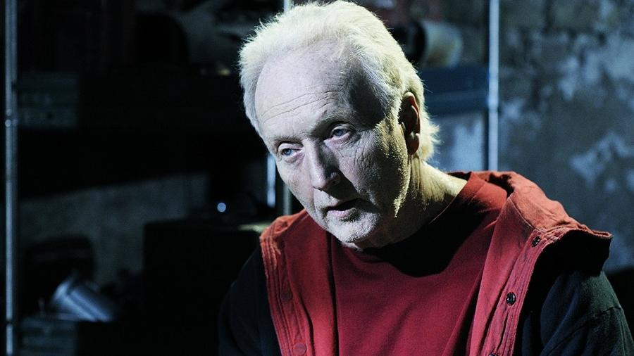 """Tobin Bell em cena no filme """"Jogos Mortais 6"""" (2009) - Divulgação"""