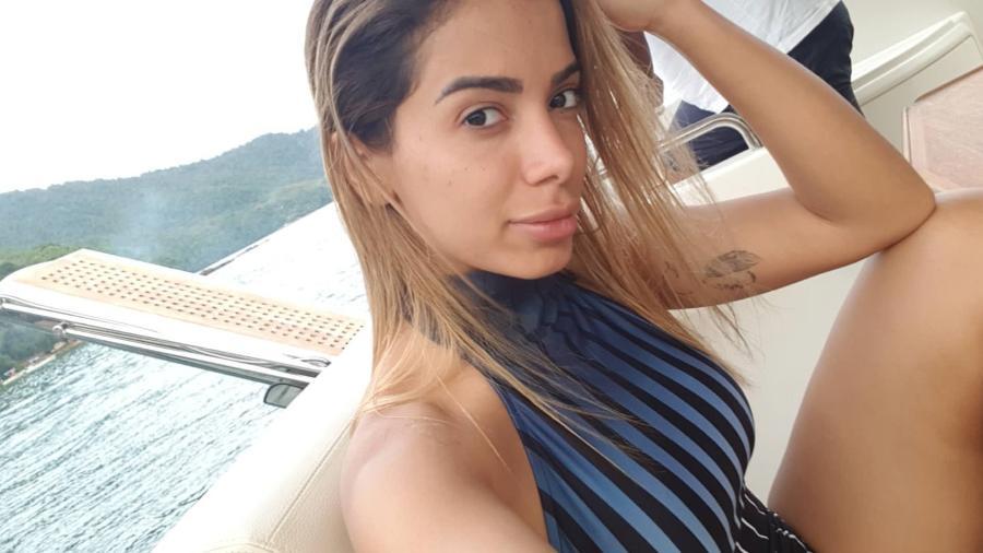 Anitta mostra o rosto sem make nas redes - Reprodução/Instagram