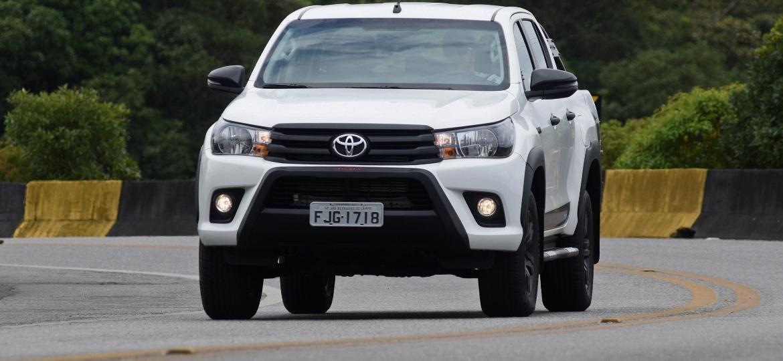 Picape Toyota Hilux, feita na Argentina, ajudou a puxar alta de importados - Murilo Góes/UOL