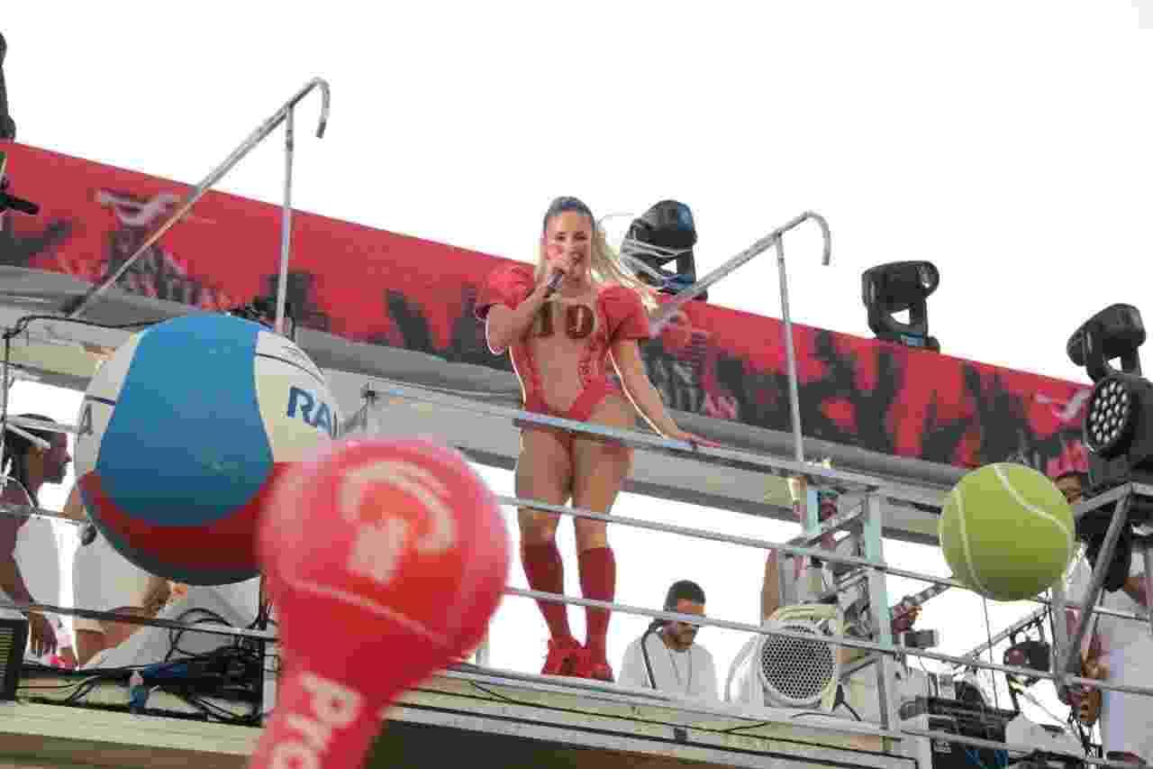 Claudia Leitte no bloco Blow Out - JC Pereira/AgNews