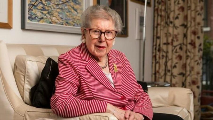 Ao escrever suas memórias, a ex-servidora inglesa Barbara Hoskins revelou manter um relacionamento com outra mulher há 20 anos -  Antonio Olmos