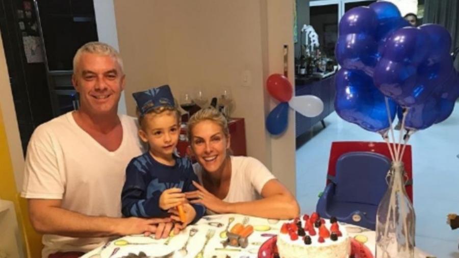 Ana Hickmann e Alexandre comemoram em casa o aniversário do filho - Reprodução/Instagram/ahickmann