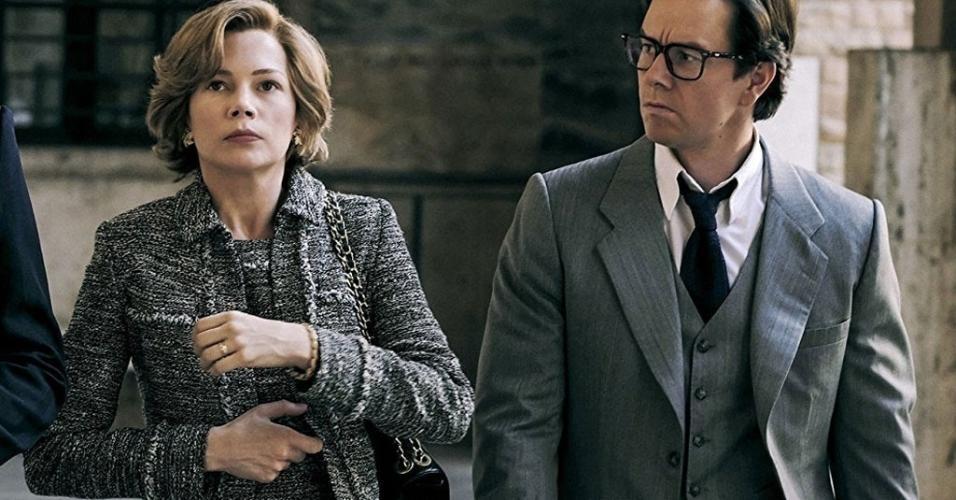 """Mark Wahlberg e Michelle Williams em cena em """"Todo o Dinheiro do Mundo"""" (2017)"""