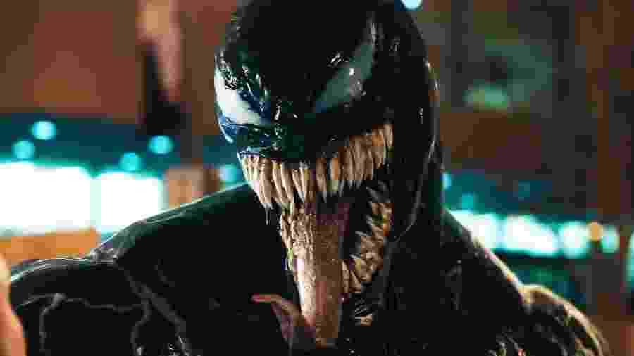 """Tom Hardy assume a forma do simbionte no trailer de """"Venom"""" - Reprodução"""
