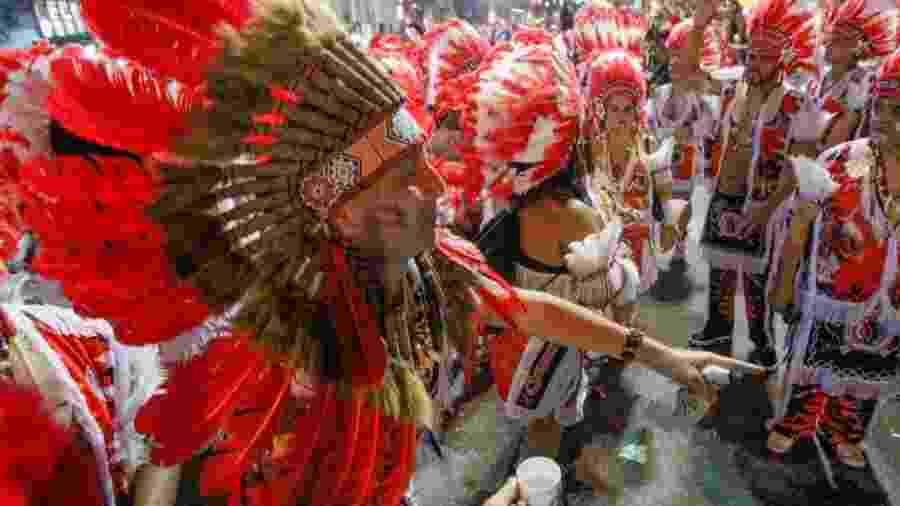 Foliões curtem Cacique de Ramos, tradicional bloco carnavalesco do Rio de Janeiro - Marcelo de Jesus/UOL