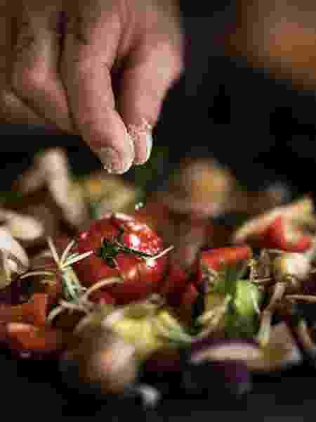 Temperar os legumes: marinar faz toda a diferença até no churrasco - Getty Images/Westend61 - Getty Images/Westend61