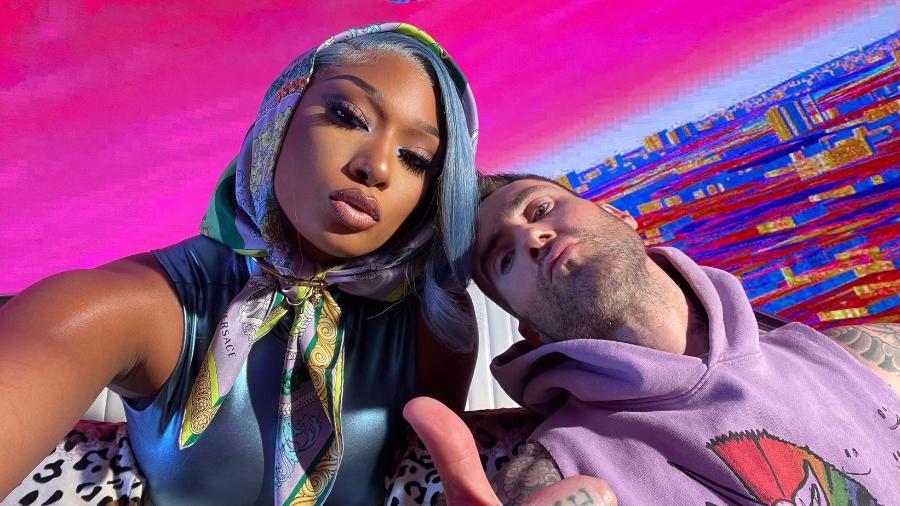 "Meghan Thee Stallion e Adam Levine, do Maroon 5; parceria na música ""Beautiful Mistakes"" - Reprodução/Facebook"
