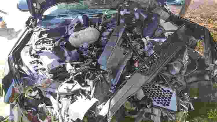 Ford Mustang fica destruído em acidente - Arquivo Pessoal - Arquivo Pessoal