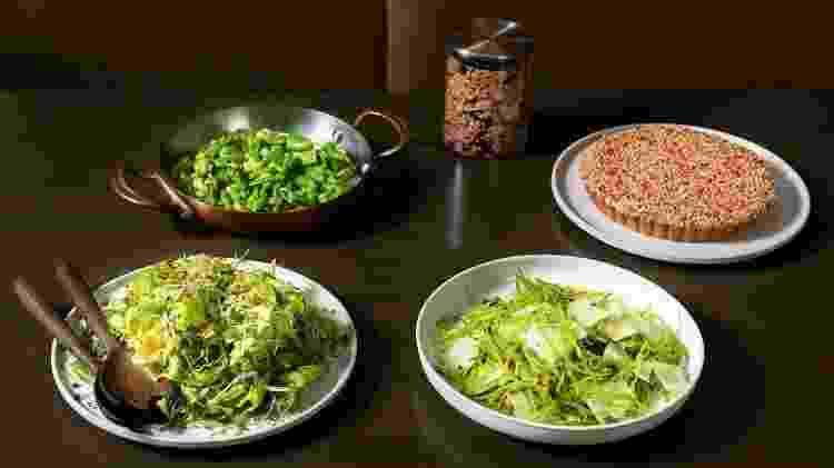 Pratos de vegetais oferecidos para retirada na quarentena - Reprodução Instagram - Reprodução Instagram