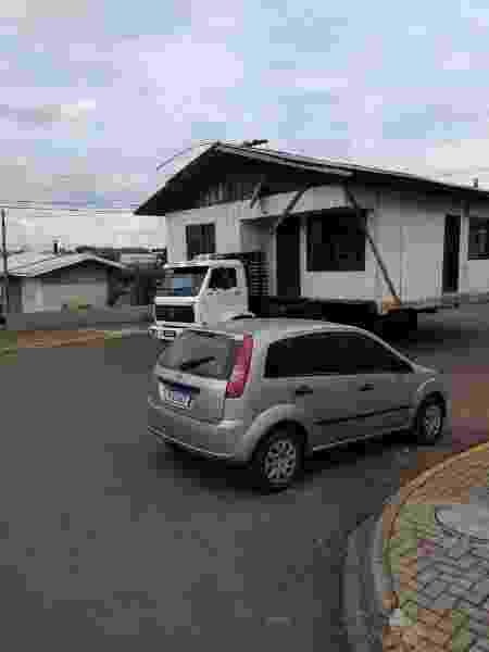 Transporte de casa inteira no Paraná - Reprodução - Reprodução