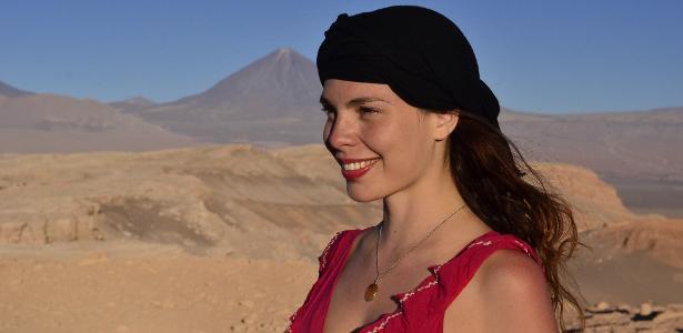 Pelo mundo | Brasileira ganha prêmio da ONU por criar plataforma para mulheres viajantes