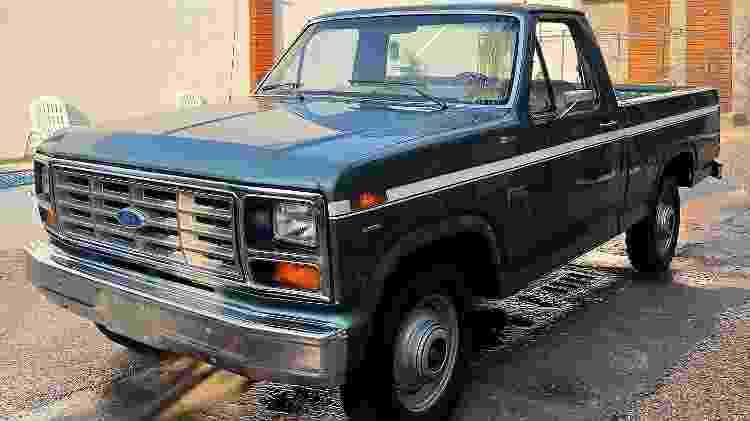 Ford F 100 1985 diesel - Arquivo pessoal - Arquivo pessoal