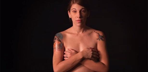 Casey Lubin fez onze tatuagens em uma semana - Reprodução/YouTube