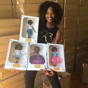 A modelo Mala Bryan criou uma nova linha de bonecas negras - Reprodução/Instagram/Mala Bryan